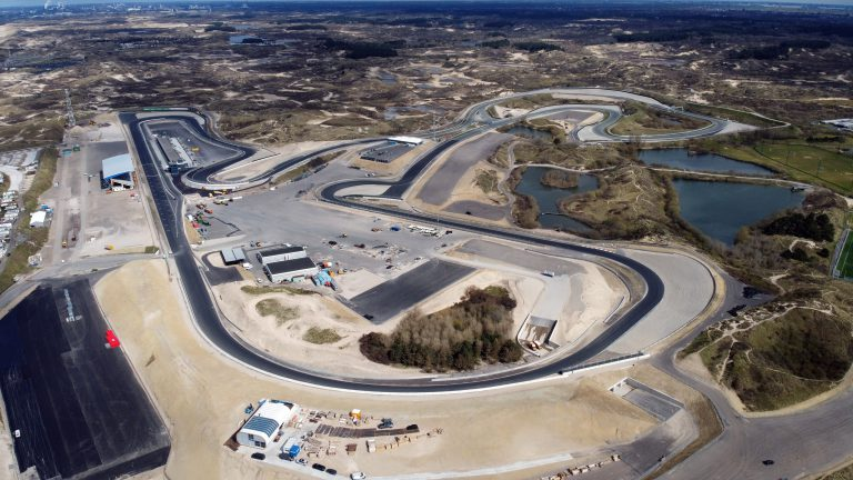 Luchtfoto-Circuit Zandvoort-April2020-Essay